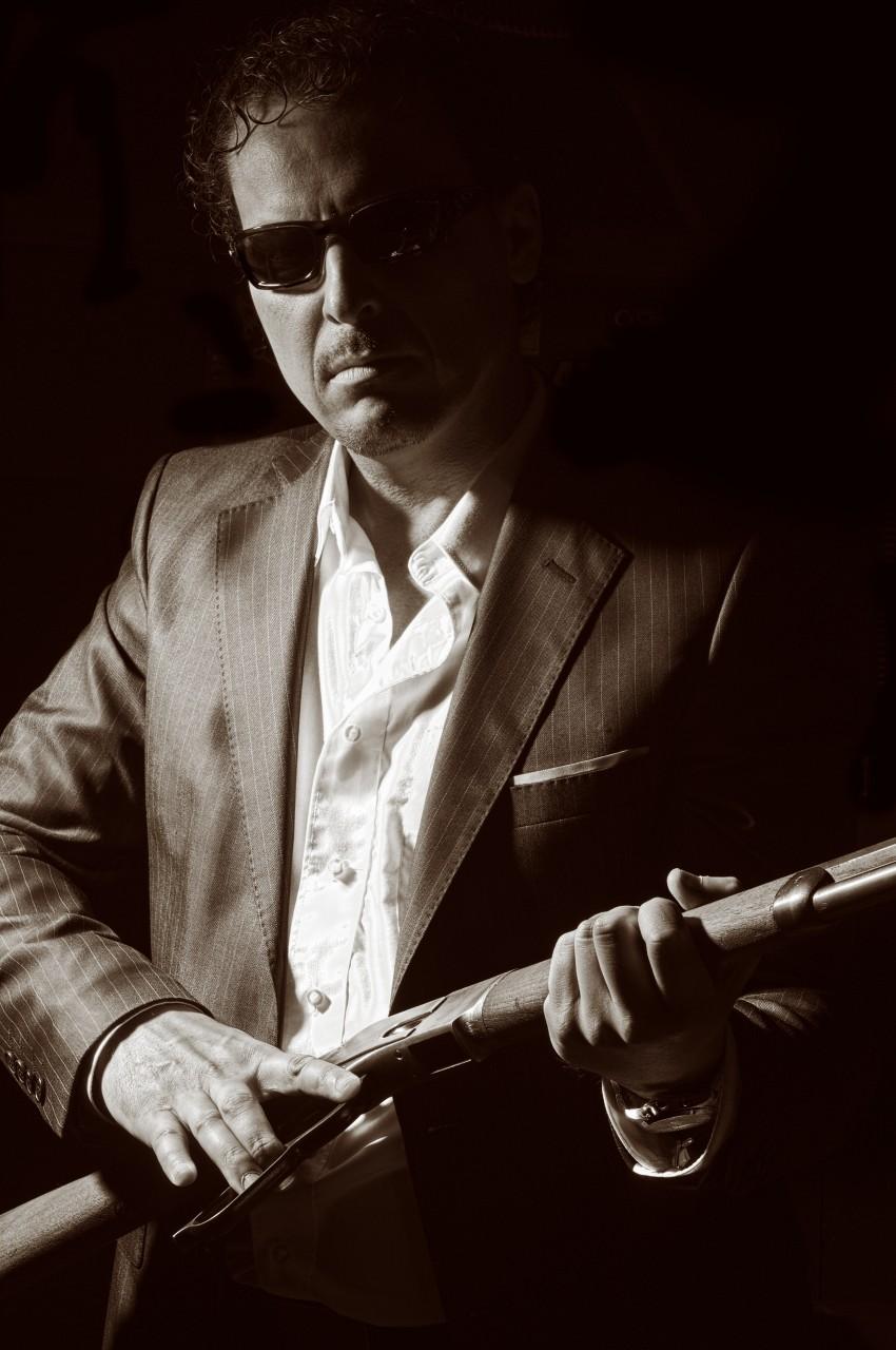 Shotgun Frank - Black & White