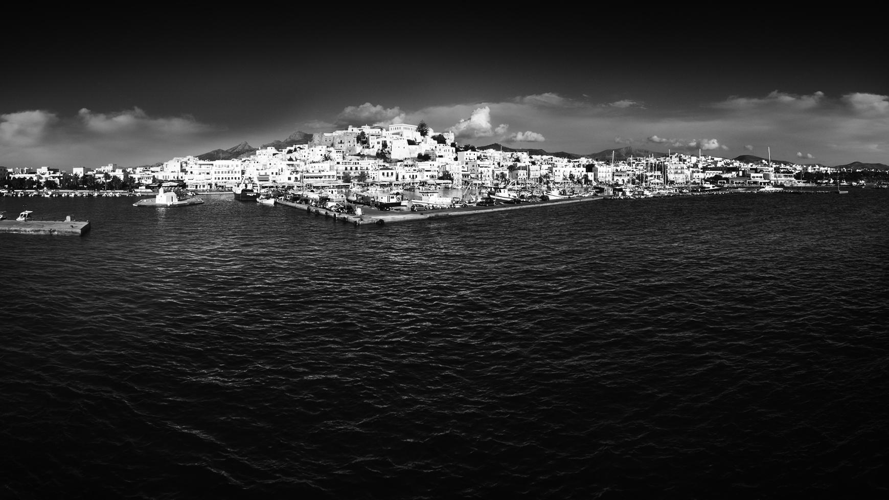 Panorama d'une île grecque dans les cyclades